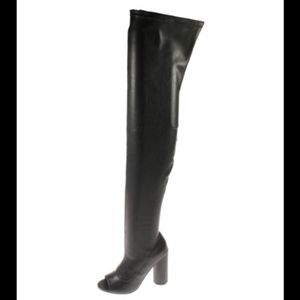 NEW Steve Madden Sexy Over The Knee Open Toe Boots